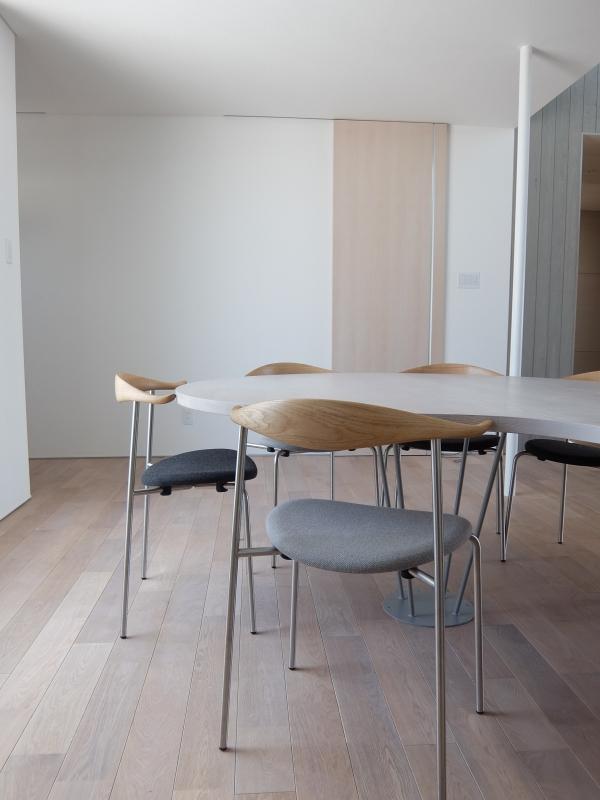デンマークのカールハンセン&サン社の家具2